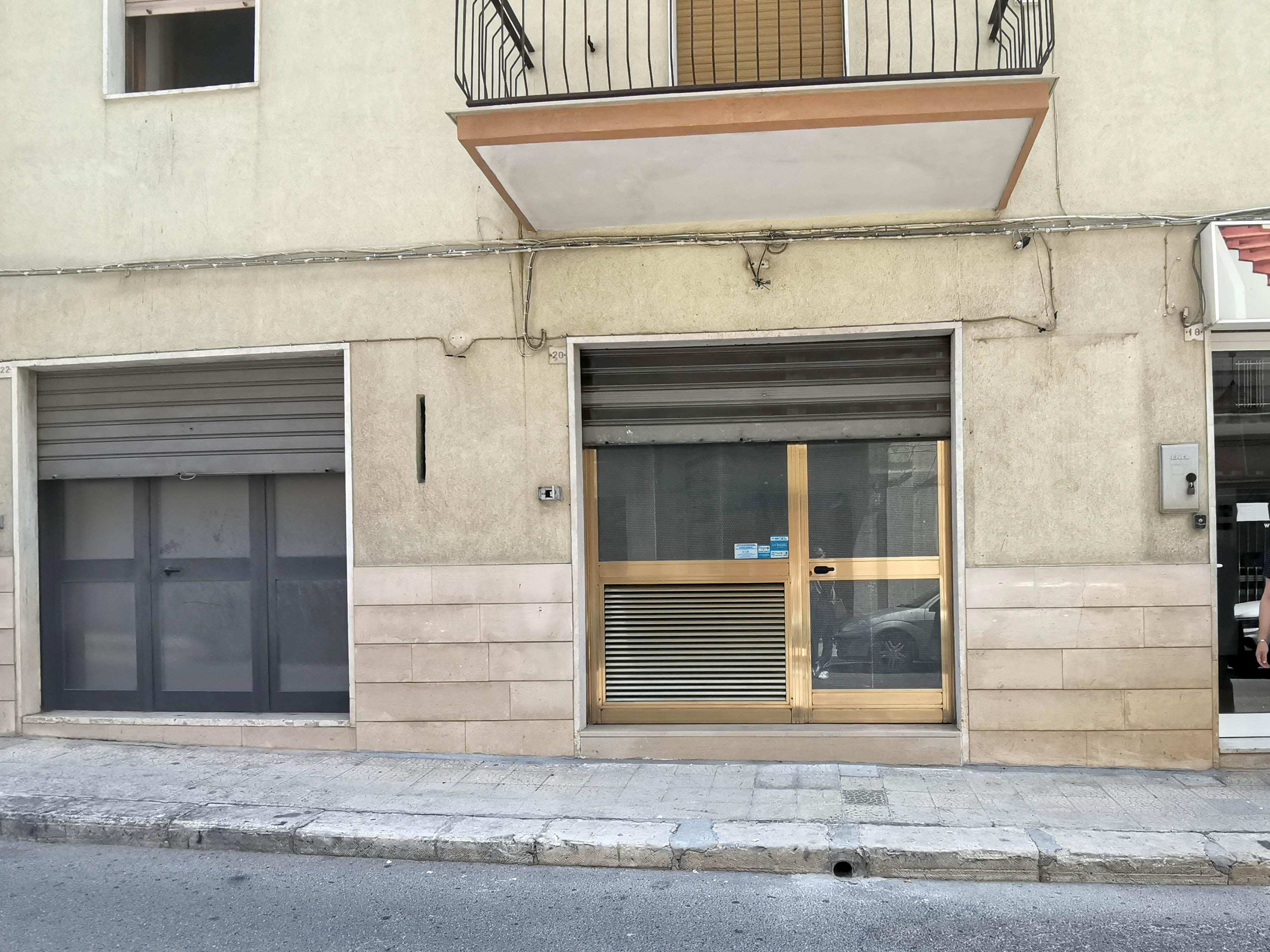 004 – Locale Commerciale – Via Cesare Pavese – Martina Franca